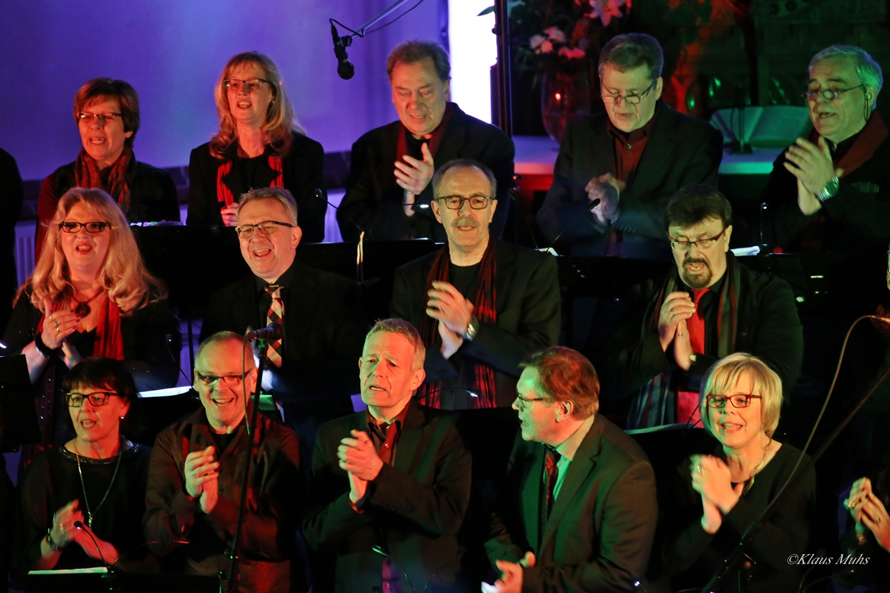 Good News - 20 Jahre Gospel And More in der Dreifaltigkeitskirche in Erle, Cranger Straße 327  - 29.01.2017, Fotos:Klaus Muhs